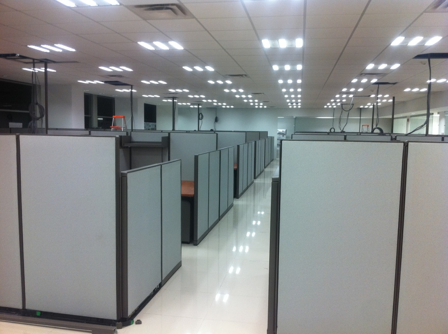 office cubicle Installation in progress - Villahermosa, Mexico