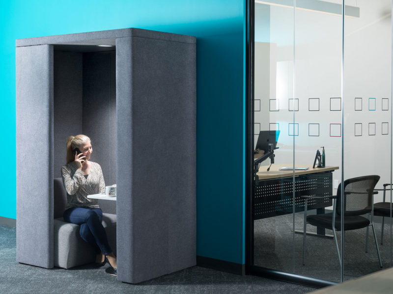 office-pod-privacy-clear-design-office-furniture-profesional-2